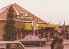 1976: Winkelcentrum De Oosterpoort aan het Molenplein in Nijkerk